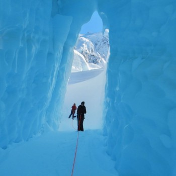 Mount Cook helihike ice cave