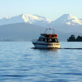 Taupo - lake cruise