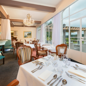 Waitomo Caves Hotel dining